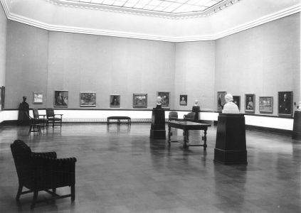 1950 view of the gallery in Art Building.