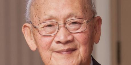 Professor Emeritus Hung-shu Hu